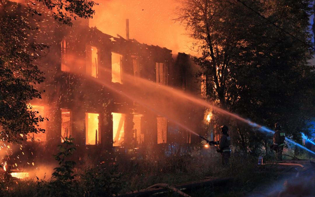 Voorkom verrassingen door brand – het belang van de verzekeringsvoorwaarden